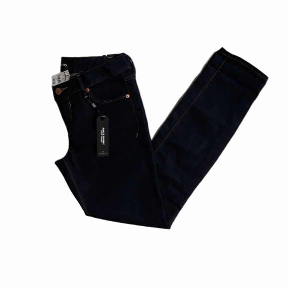 Express NWT Stella Low Rise Ankle Skinny jeans
